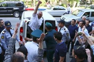აფგან მუხთარლის საქმის გამო კონტრდაზვერვის და სასაზღვრო პოლიციის უფროსები გაათავისუფლეს