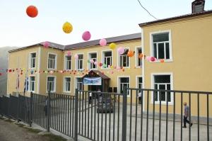 ქედის მუნიციპალიტეტის სოფელ ახოში განახლებული სკოლა გაიხსნა