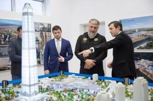"""ჩეჩნეთში ცათამბჯენ """"ახმატ თაუერის"""" და მასშტაბური სავაჭრო ცენტრის მშენებლობა დაიწყო"""