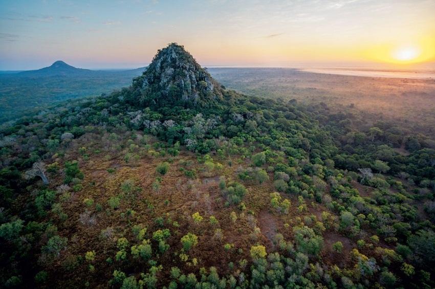 ახალი დღე მოზამბიკში - National Geographic