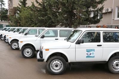 """სახელმწიფო უწყებებმა 3 მილიონი ლარის 136 """"ნივა"""" შეიძინეს - TI"""