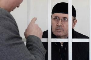 ჩეჩნეთში უფლებადამცველ ოიუბ ტიტიევს პატიმრობის ვადა გაუხანგრძლივეს