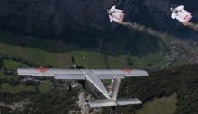 ექსტრემალების დაუჯერებელი ტრიუკი 4000 მეტრი სიმაღლიდან