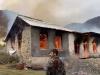 აზერბაიჯანისთვის გადაცემამდე, ქალბაჯარის რაიონს სომხები ტოვებენ, ზოგიერთი სახლს წვავს